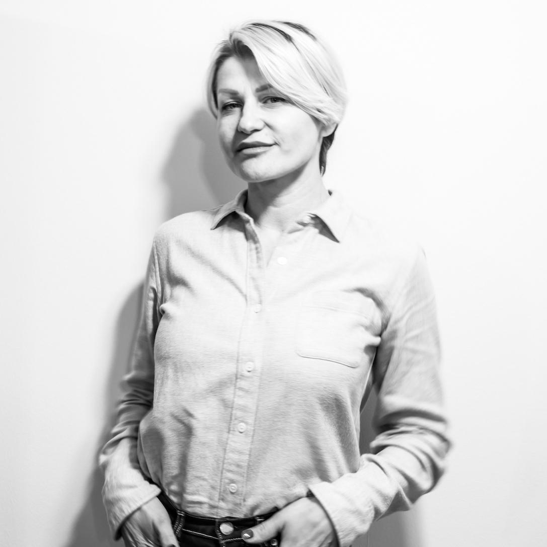 Daniela Caparnagiu